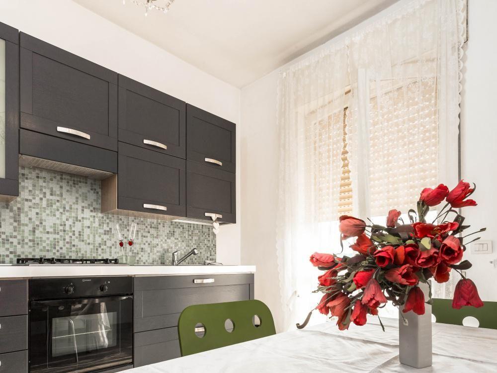 Апартаменты в Ломбардии, Италия, 95 м2 - фото 1