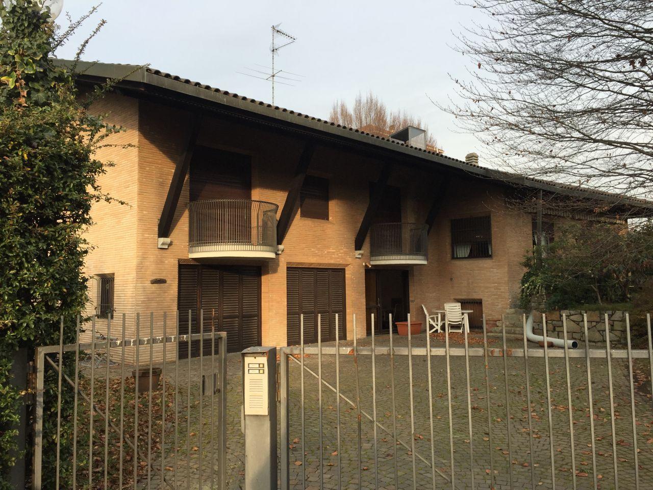 Вилла в Варесе, Италия, 700 м2 - фото 1
