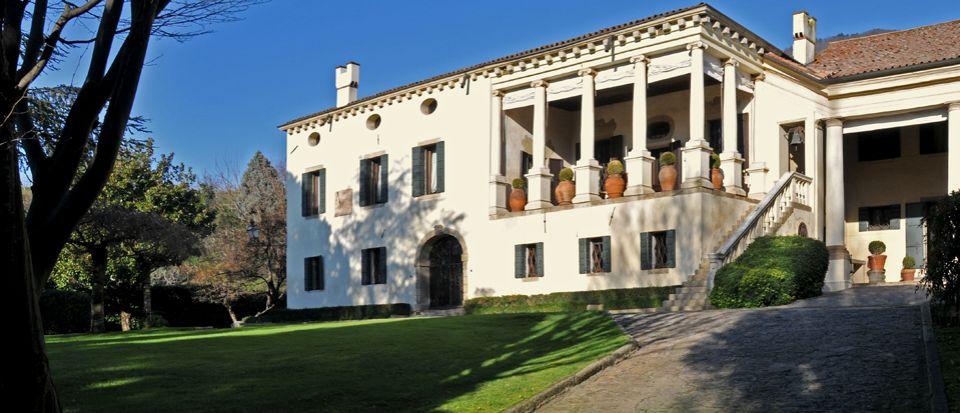 Вилла в Венето, Италия, 1210 м2 - фото 1