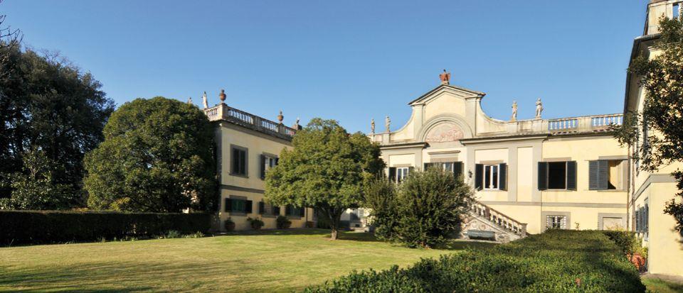 Вилла в Лукке, Италия - фото 1