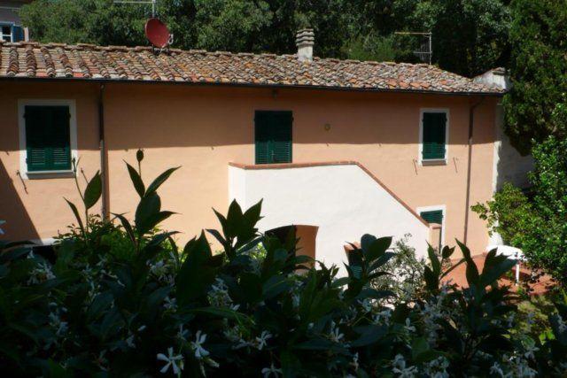 Дом в Пизе, Италия, 760 м2 - фото 1