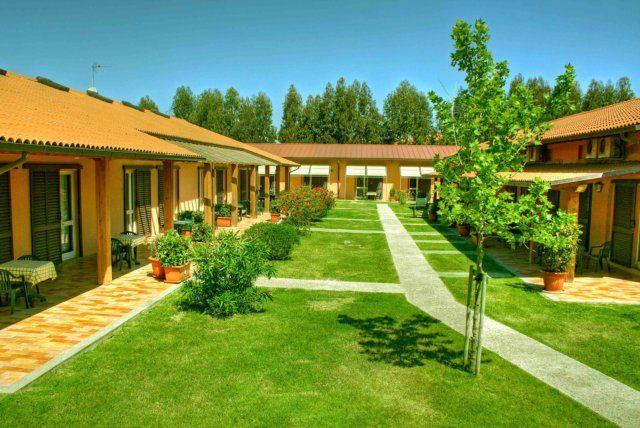 Отель, гостиница в Гроссето, Италия, 34545 м2 - фото 1
