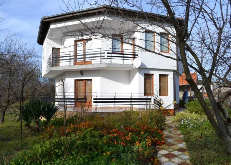 Дом в Варненской области, Болгария, 1500 м2 - фото 1