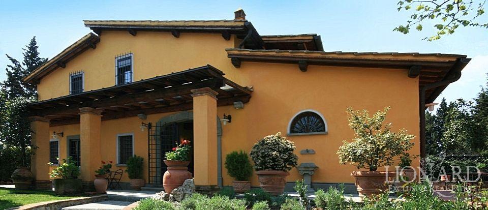 Вилла во Флоренции, Италия, 215 м2 - фото 1