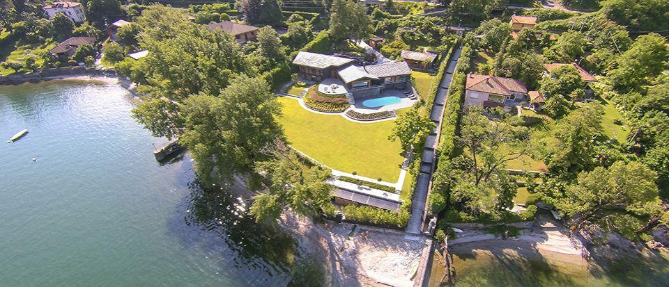 Вилла у озера Маджоре, Италия, 650 м2 - фото 1