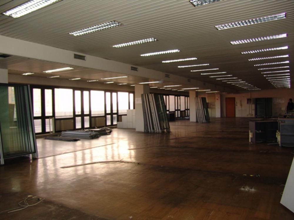 Офис в Милане, Италия, 325 м2 - фото 1