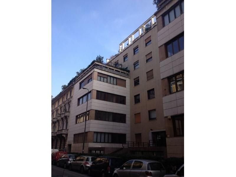 Апартаменты в Милане, Италия, 135 м2 - фото 1
