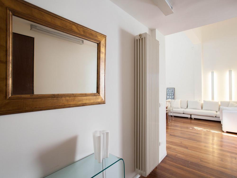 Лофт в Милане, Италия, 100 м2 - фото 1