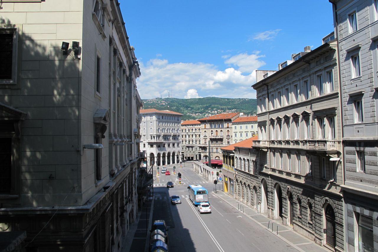 Квартира в Триесте, Италия, 40 м2 - фото 1