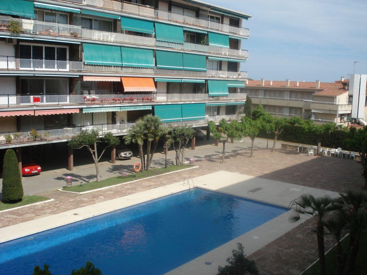 Квартира в Сан-Андреу-де-Льяванерас, Испания, 75 м2 - фото 1