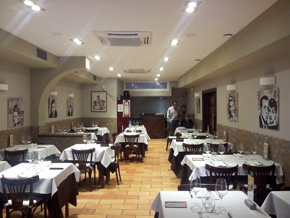 Кафе, ресторан в Таррагоне, Испания, 175 м2 - фото 1