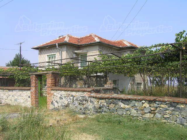 Дом в Ямболе, Болгария, 4000 м2 - фото 1