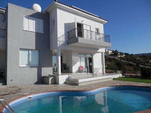 Вилла в Пафосе, Кипр, 570 м2 - фото 1