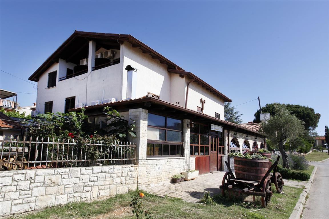 Доходный дом в Медулине, Хорватия, 309 м2 - фото 1