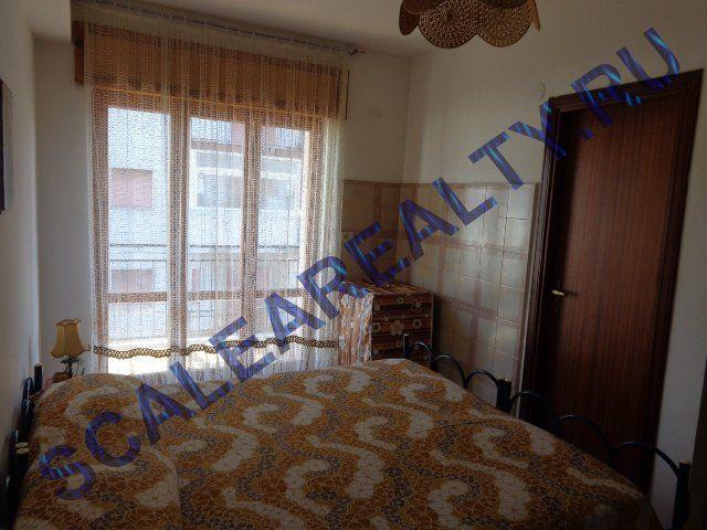 Квартира в Скалее, Италия, 20 м2 - фото 1