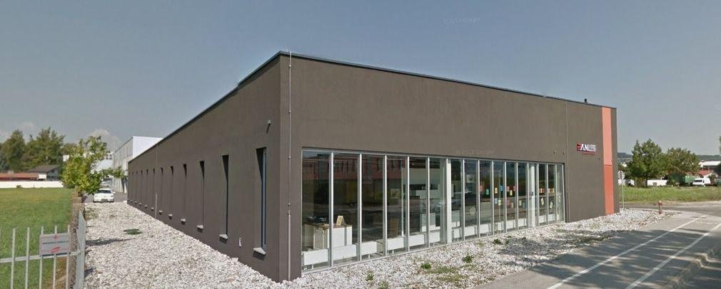 Коммерческая недвижимость в Птуе, Словения, 250 м2 - фото 1