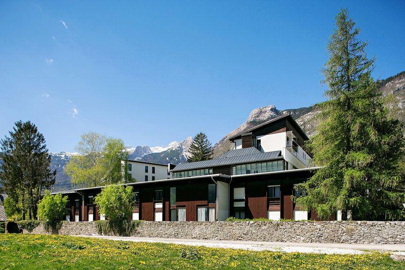 Отель, гостиница в Бовеце, Словения, 4551 м2 - фото 1