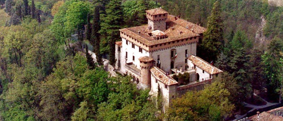 Замок в Пьемонте, Италия, 3000 м2 - фото 1