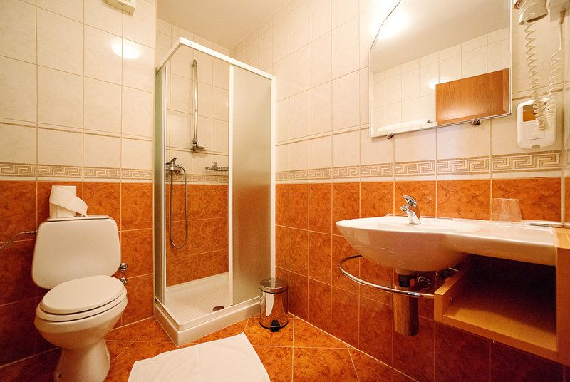 Отель, гостиница в Мурска-Соботе, Словения, 2214 м2 - фото 4