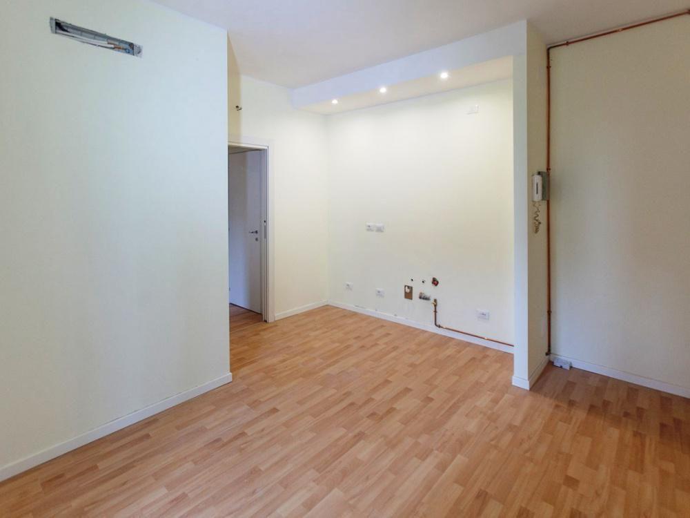 Апартаменты в Милане, Италия, 52 м2 - фото 1
