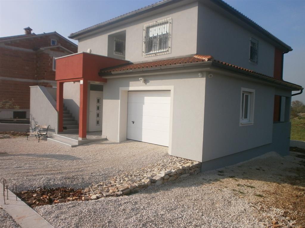 Дом в Пуле, Хорватия, 352 м2 - фото 1