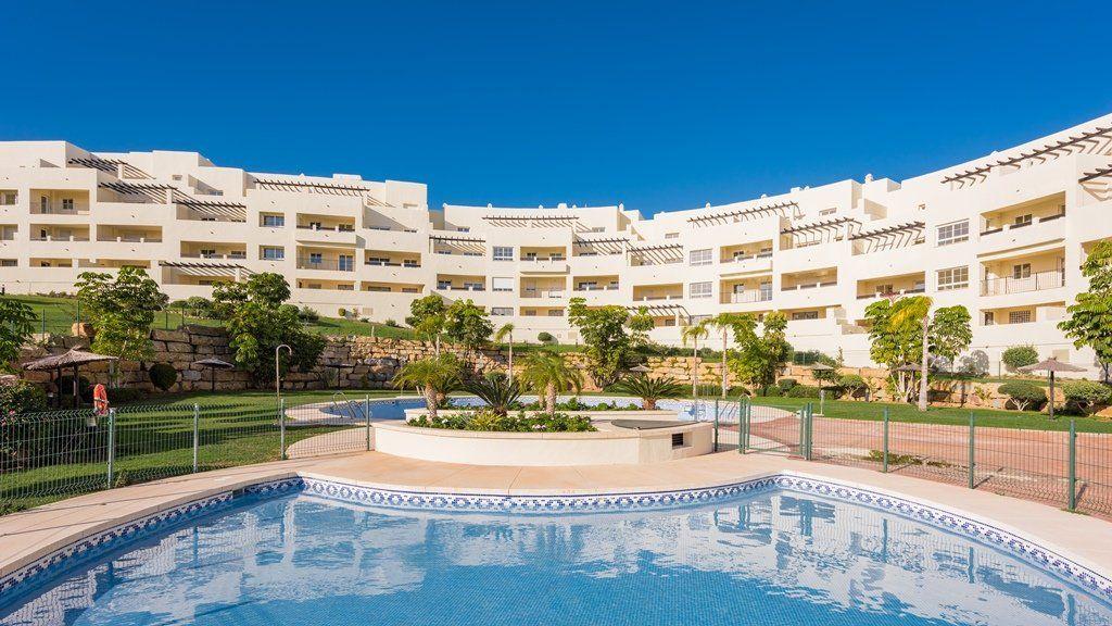 Квартира в Бенальмадене, Испания, 68 м2 - фото 1