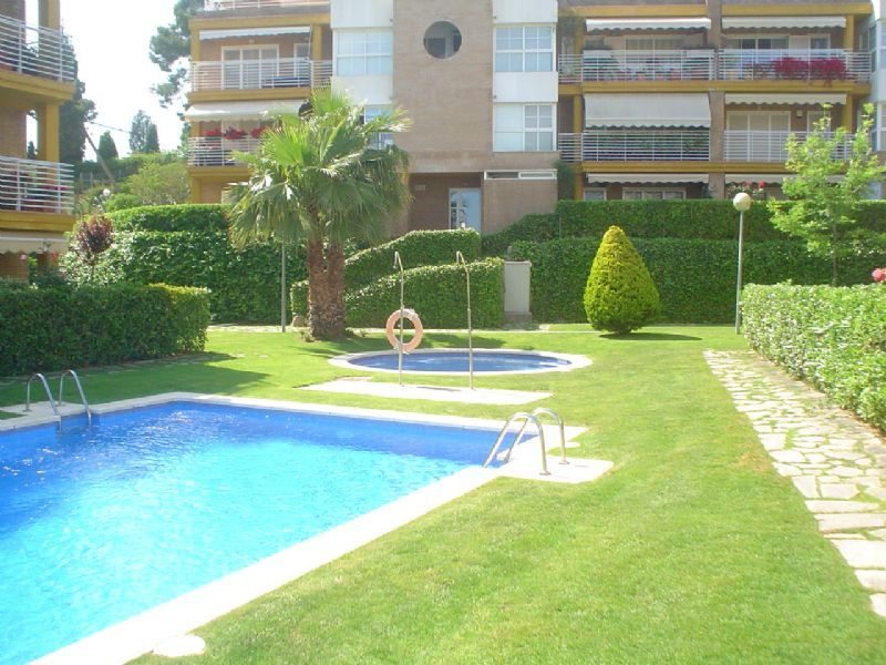 Апартаменты на Коста-дель-Маресме, Испания, 130 м2 - фото 1