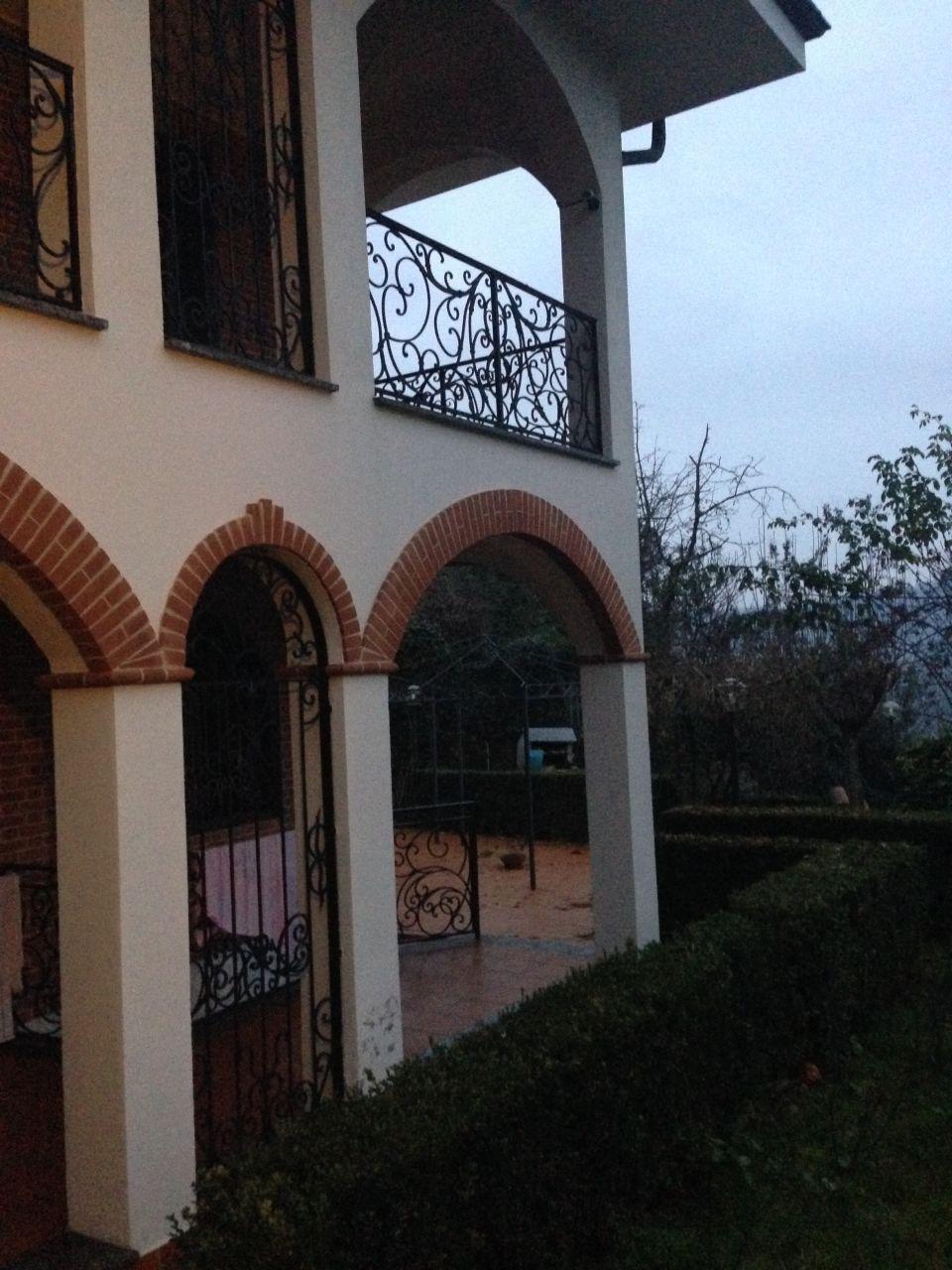 Дом в Асти, Италия, 450 м2 - фото 1