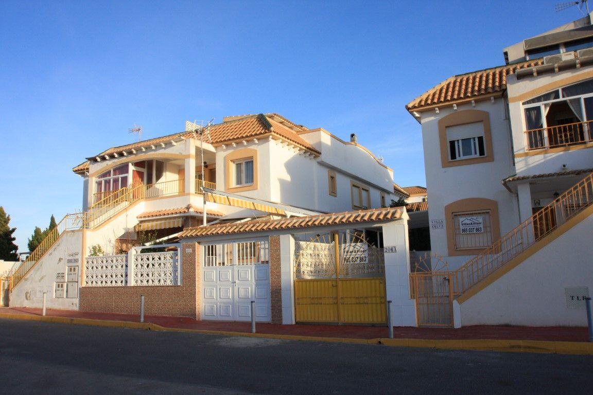 Бунгало в Торревьехе, Испания, 58 м2 - фото 1