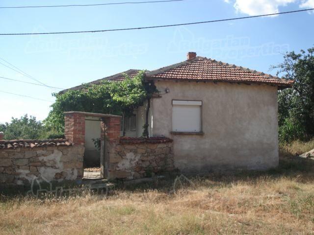 Дом в Хасково, Болгария, 1920 м2 - фото 1