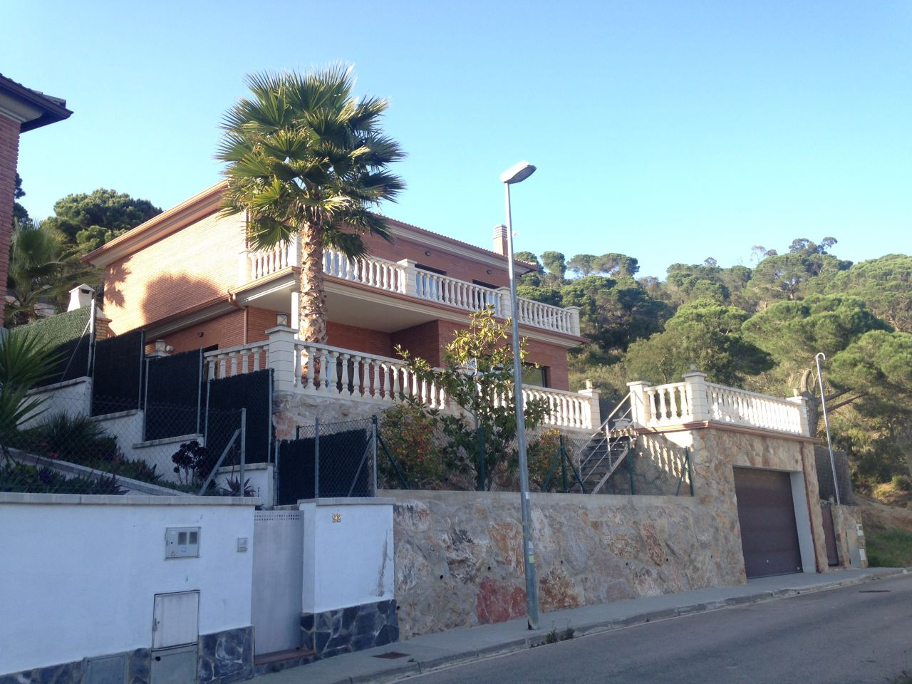 Дом на Льорет-де-Мар, Испания, 735 м2 - фото 1