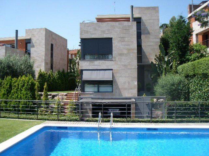 Вилла в Барселоне, Испания, 1000 м2 - фото 1