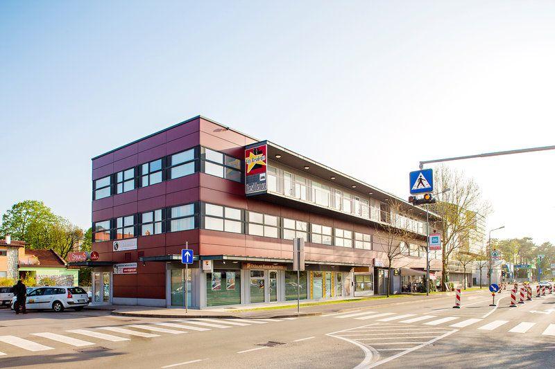 Коммерческая недвижимость в Сежане, Словения, 40.8 м2 - фото 1