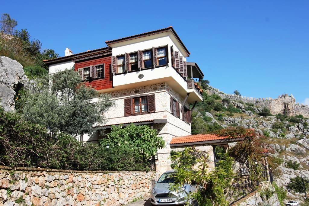 Вилла в Аланье, Турция, 790 м2 - фото 1