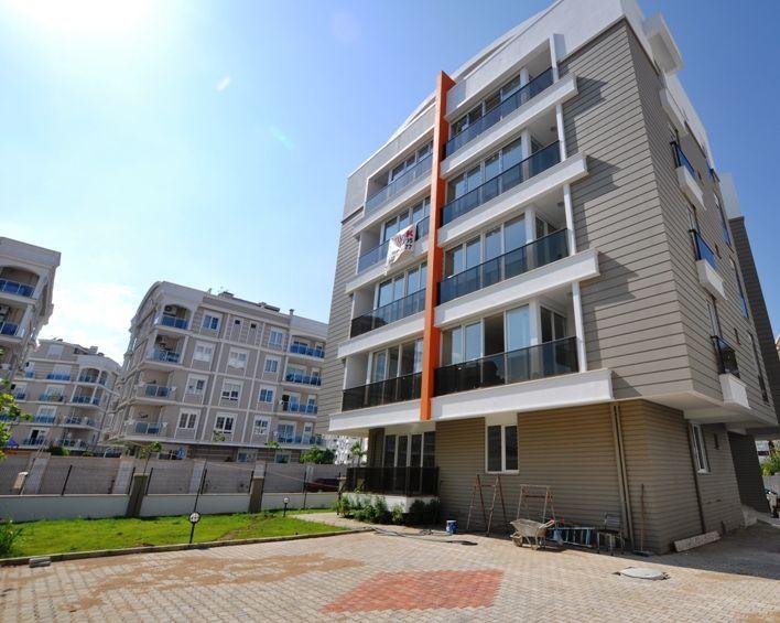 Квартира в Анталии, Турция, 6085 м2 - фото 1