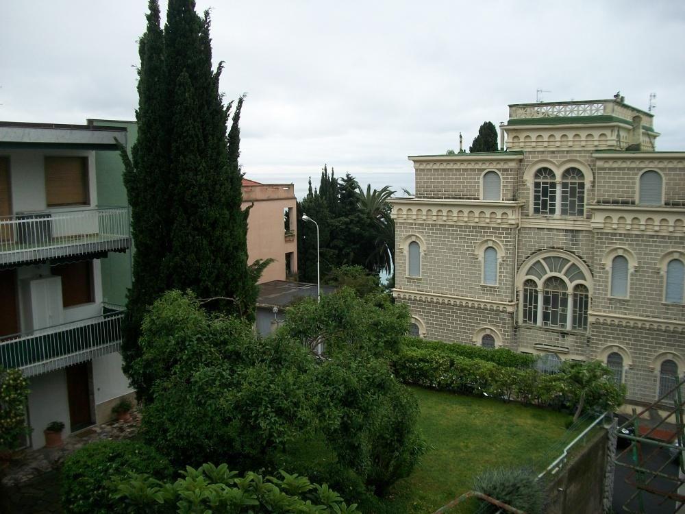 Апартаменты в Оспедалетти, Италия, 45 м2 - фото 1