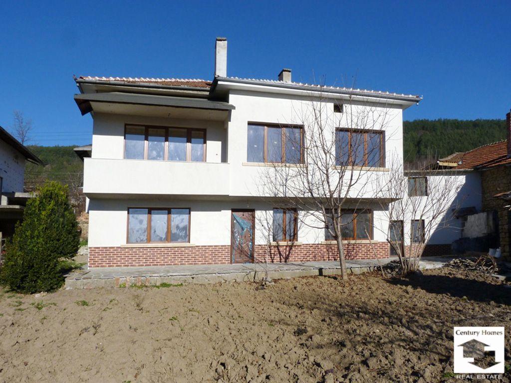 Дом в Велико Тырново, Болгария, 230 м2 - фото 1