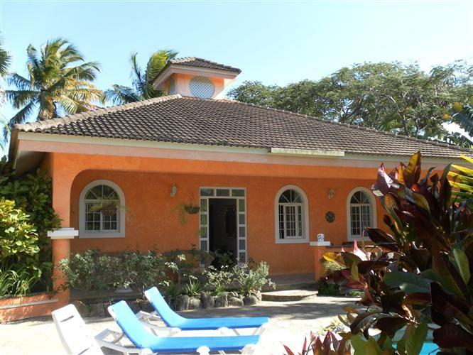 Отель, гостиница в Кабарете, Доминиканская Республика, 3278 м2 - фото 1