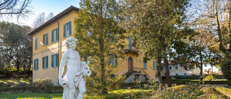 Вилла в Пизе, Италия, 2200 м2 - фото 1