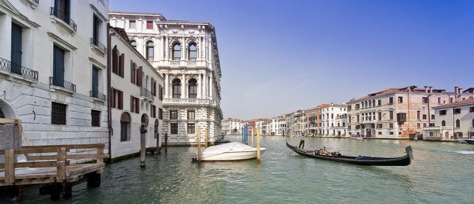 Особняк в Венеции, Италия, 700 м2 - фото 1