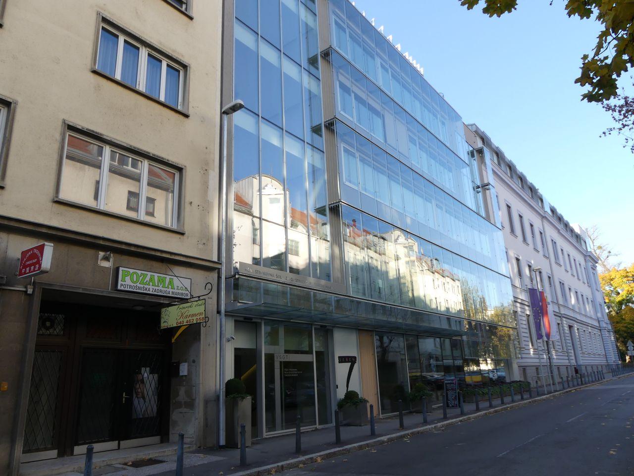 Магазин в Мариборе, Словения, 60 м2 - фото 1