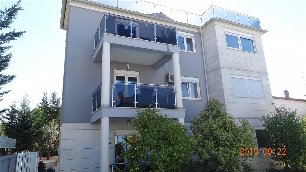 Доходный дом в Пуле, Хорватия, 542 м2 - фото 1