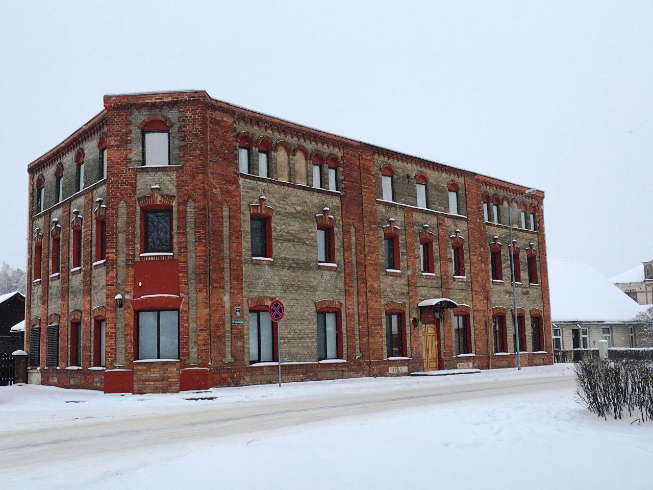 Отель, гостиница в Гулбенском крае, Латвия, 542.5 м2 - фото 1