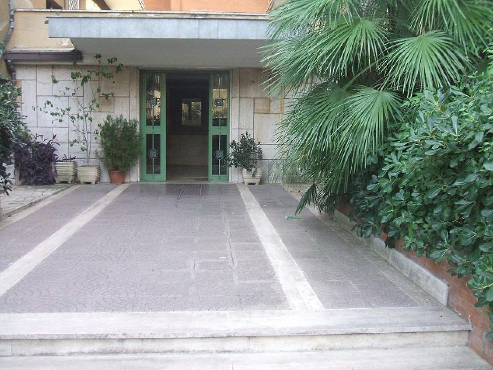 Апартаменты в Риме, Италия, 135 м2 - фото 1