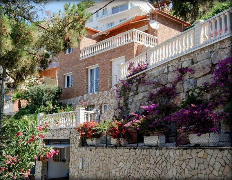 Дом на Льорет-де-Мар, Испания, 184 м2 - фото 1