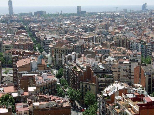 Доходный дом в Барселоне, Испания, 8901 м2 - фото 1