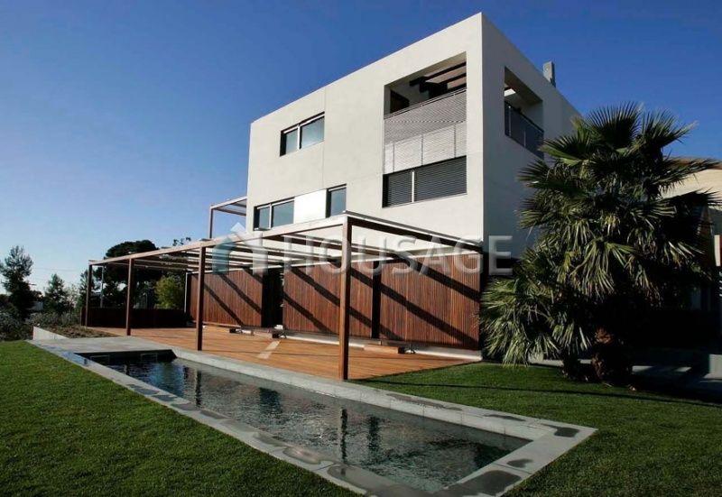 Дом в Барселоне, Испания, 500 м2 - фото 1