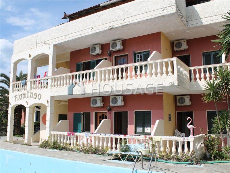 Отель, гостиница на Керкире, Греция, 1030 м2 - фото 1