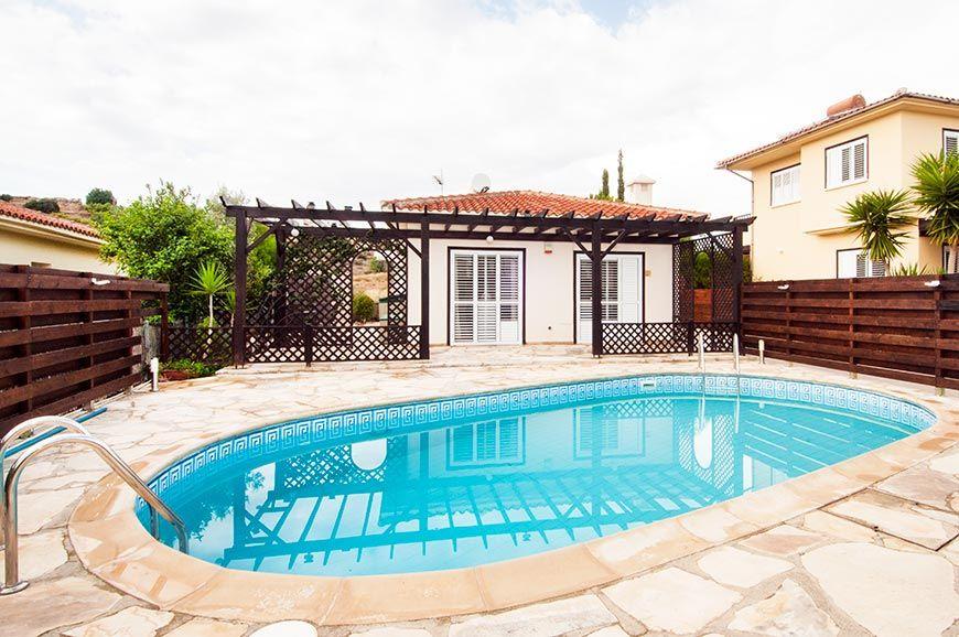 Дешевая недвижимость кипр