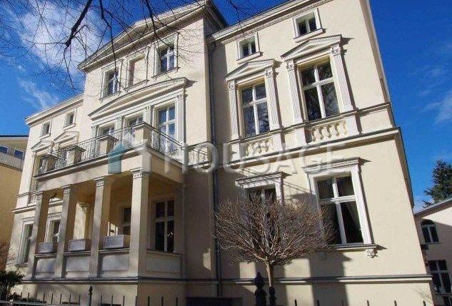 Дом в Потсдаме, Германия, 1500 м2 - фото 1